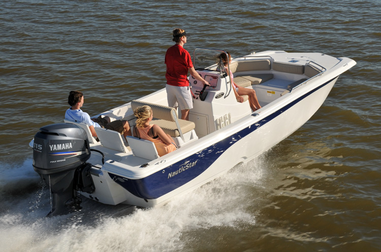Nautic Star® 210 Coastal®